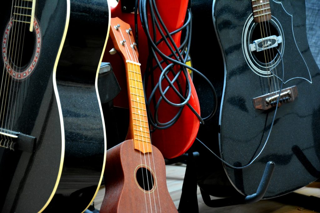 ukuleles for guitar players
