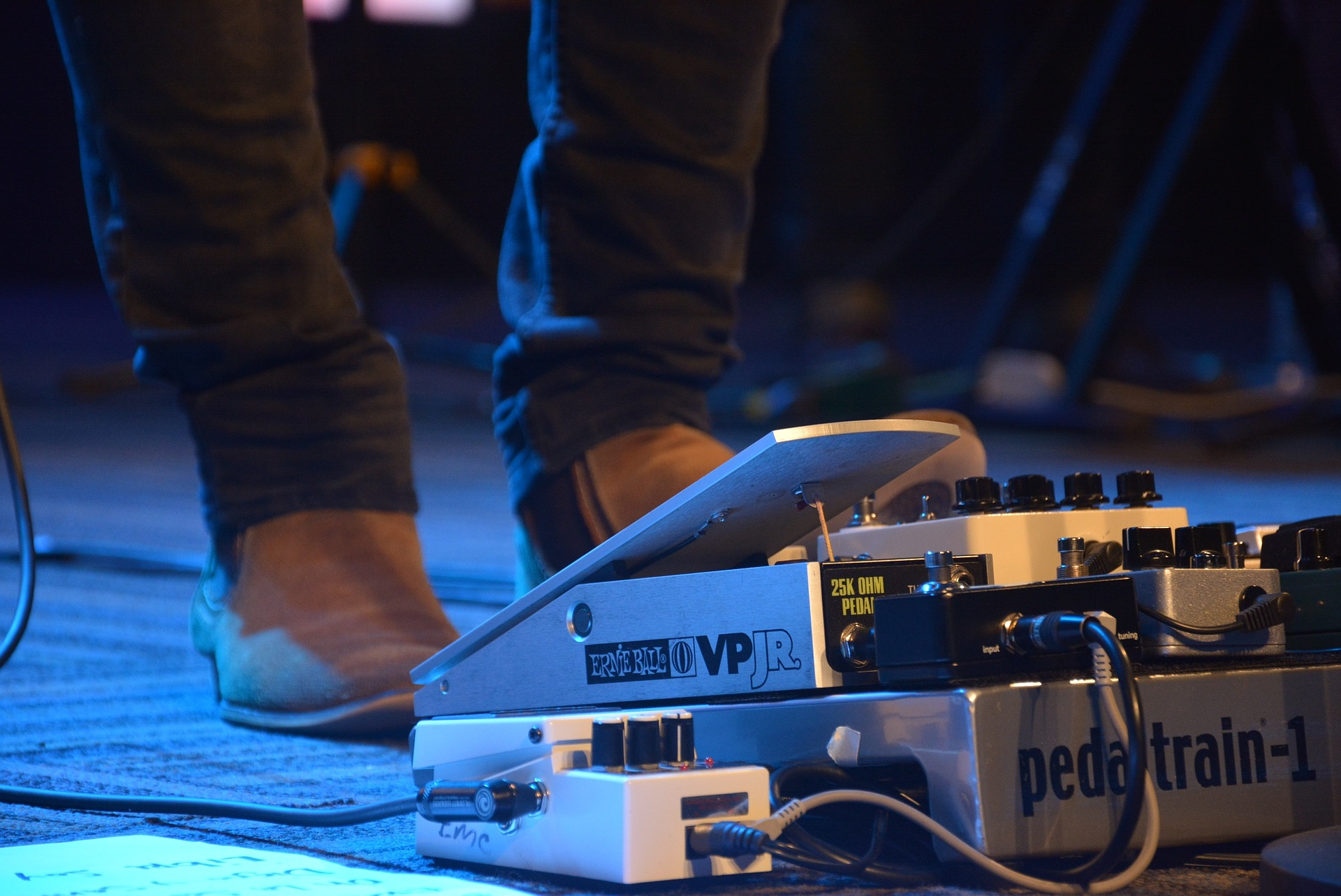 How to Use a Looper Pedal