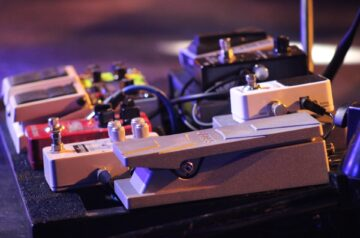 Best Octave Pedals For Guitarists